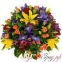 Корзина с розами, лилиями, ирисами и альстромериями